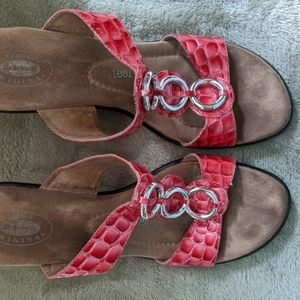 Dr Scholl's Avalon Wedged Sandal Red\Silver